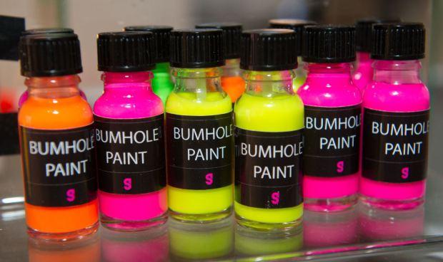 bumhole-paint
